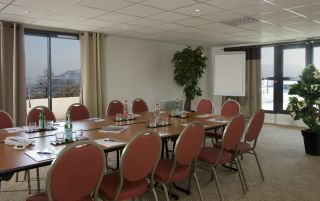 Meeting rooms available for hire
